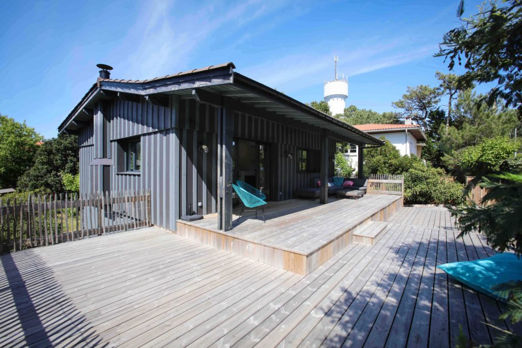 maison rénovation bardage caillebotis en bois